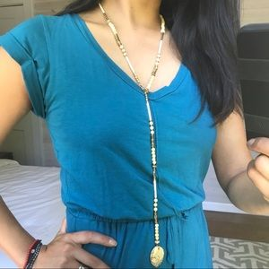 Long and adjustable necklace